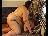 Extrem fette Oma fickt im Privat-Porno