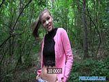 Für Taschengeld wird sie im Wald gepoppt