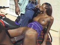 Afro-Dreier mit geiler Lochdehnung