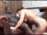 Deutsches Babe hat spontanen Sex mit einem Schwarzen