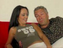 Deutscher Porno-Dreh mit einer 20 jährigen Ungarin